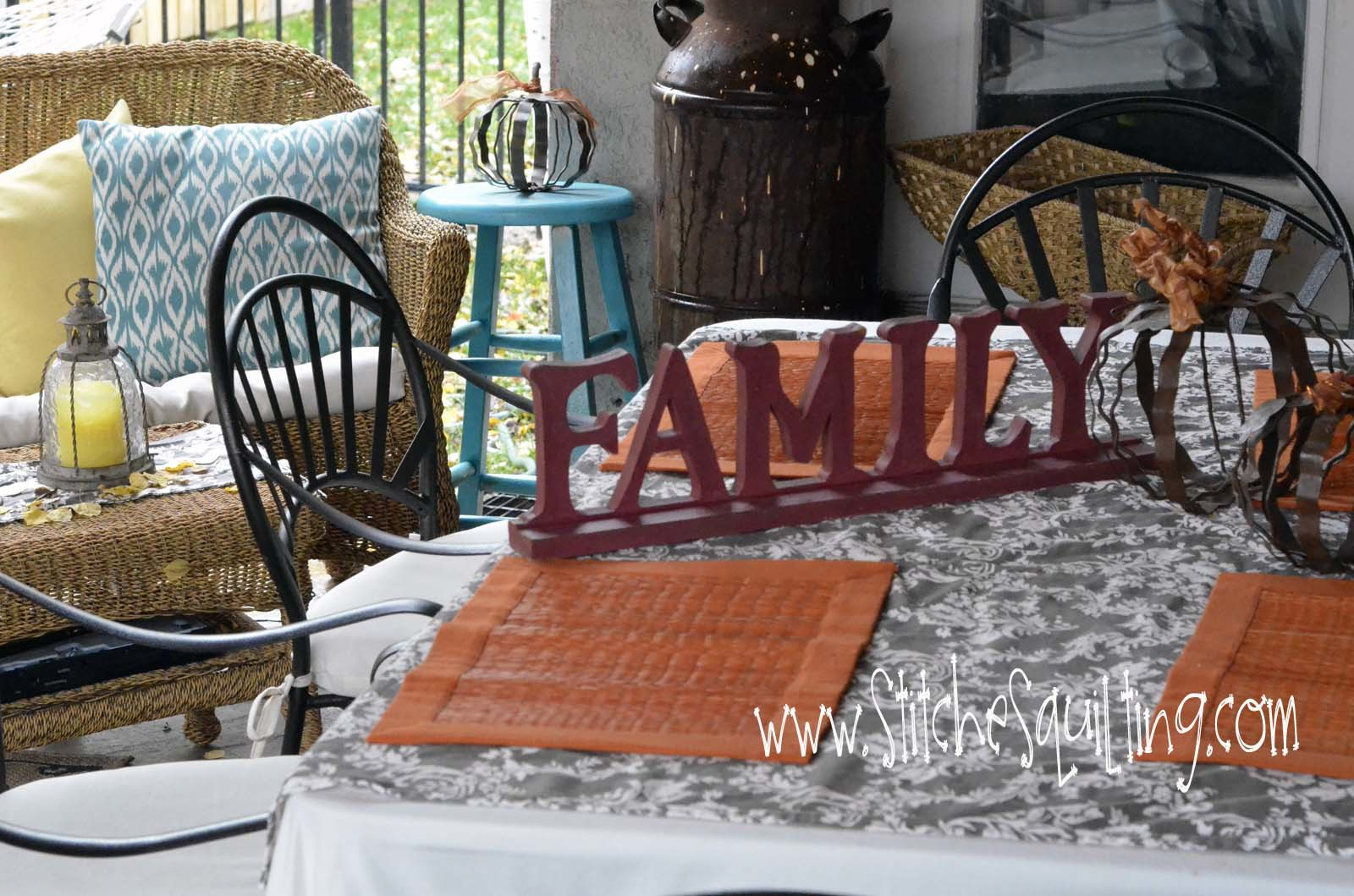 Outdoor Patio Fall Table Squares to invite your guests to